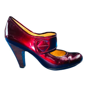 Sofft maroon Fiona mary jane heels size 9W